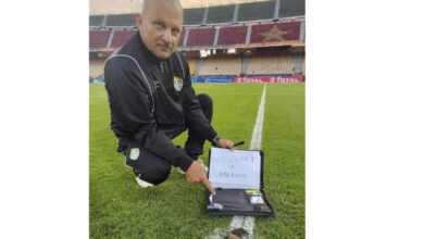 Photo of ZIMBABWE ACCUSE CAMEROON  OF WITCHCRAFT AFTER DEAD BAT FOUND ON THE PITCH